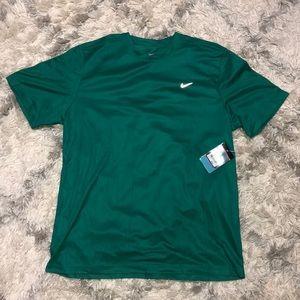 NIKE Loose Dri- Fit Shirt